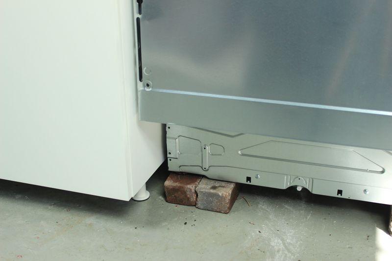 Installation De La Charniere Coulissante Pour Lave Vaisselle Dans Une Cuisine Ikea Adapt R Fr